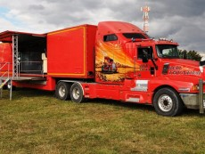 reklamni-kamion