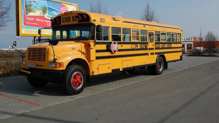 Americký školní autobus
