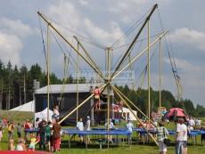 bungee-trampolina-detsky-den