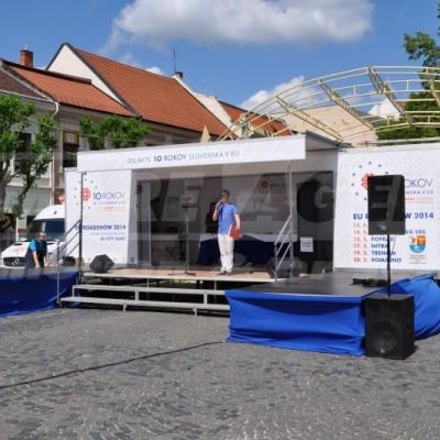 Prezentační přívěs – mobilní podium