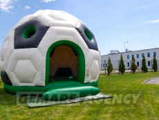 skakaci-hrad-fotbalovy-mic