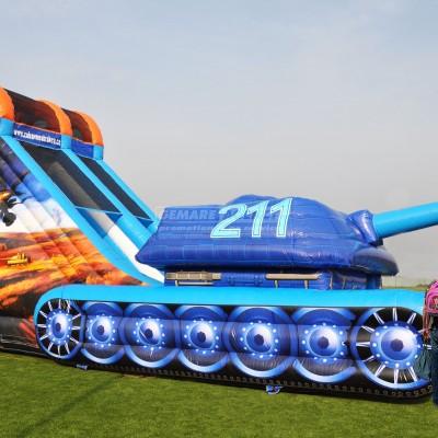Nafukovací skluzavka Tank